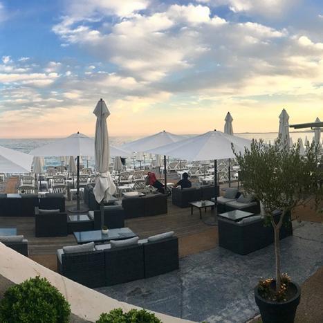 Restaurant-bar à Nice, face à La Promenade des Anglais